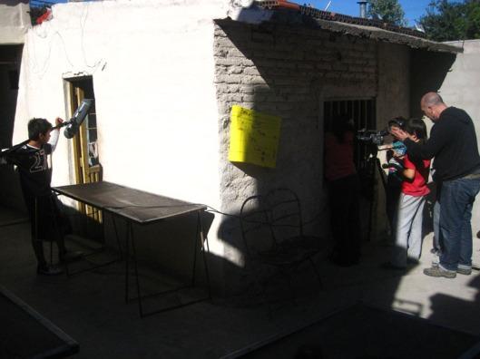 Cinema en curs 15. Trabajando en la casita en blog Eva Muñoz